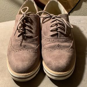 SODA lace up beige shoes